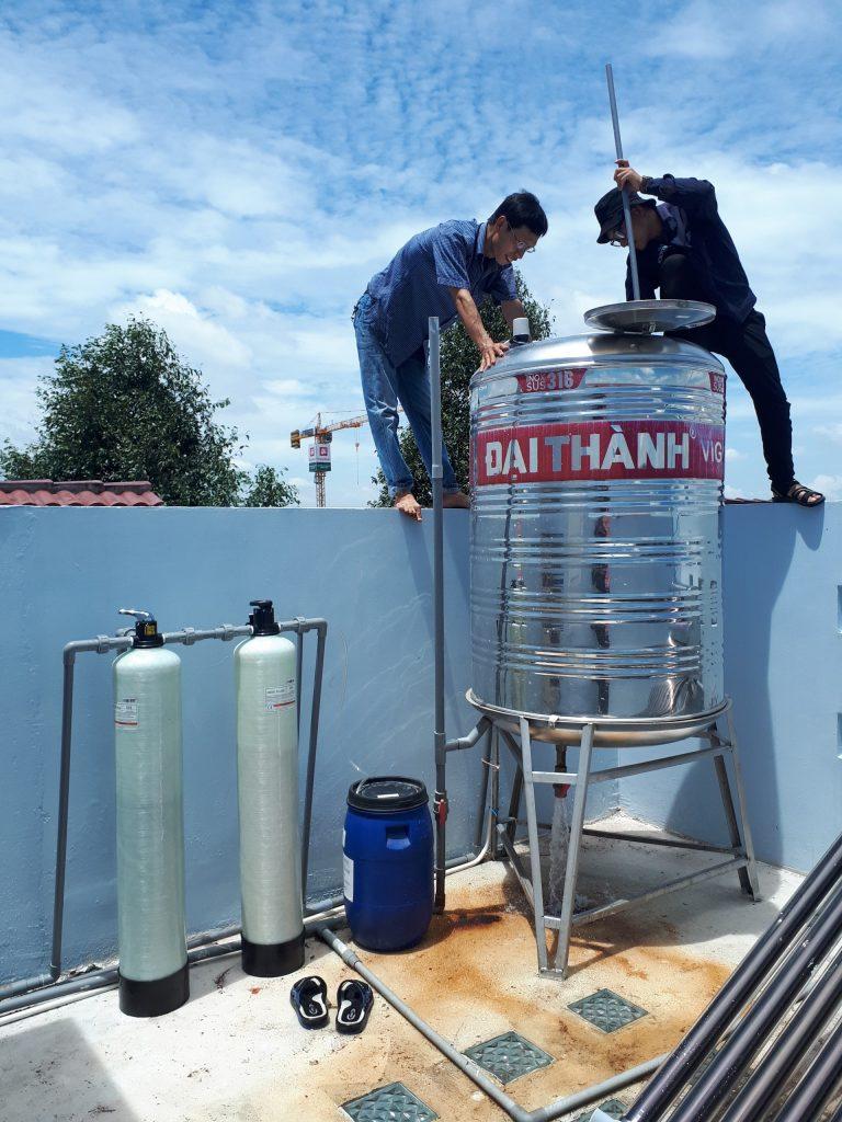 Lắp cột lọc nước khử phèn và khử cứng tại Long An