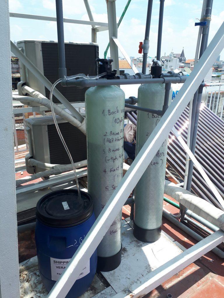 Cột lọc khử phèn và khử cứng 600 lít/giờ + Bồn chứa muối
