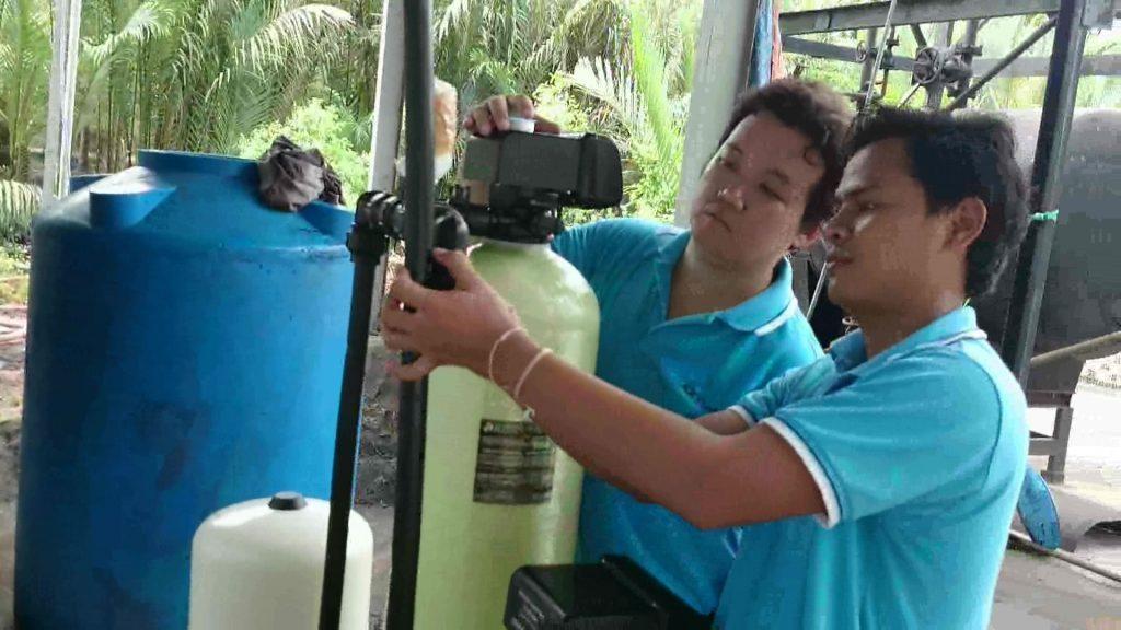 Lắp thiết bị làm mềm nước 400 lít/giờ tại Bến Tre